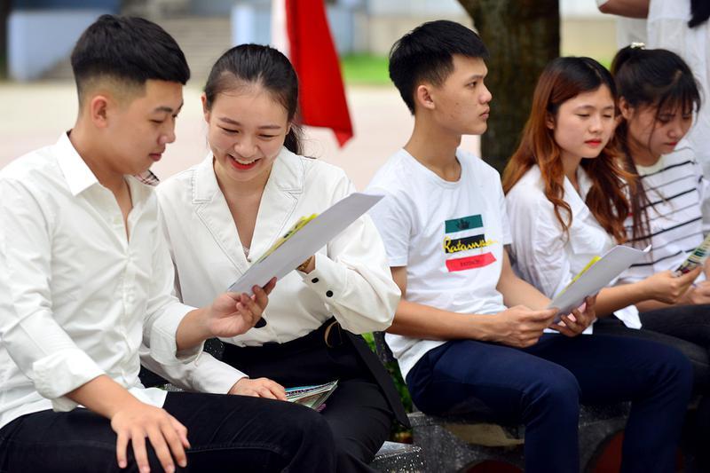 Đại học Công nghiệp Vinh: Nhiều hoạt động hỗ trợ tân sinh viên nhập học năm 2020