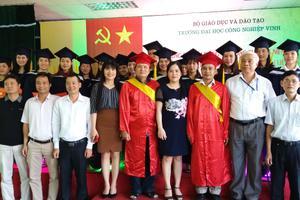 Đại hội Cổ Đông thường niên và lễ trao bằng tốt nghiệp Đại học khóa 1