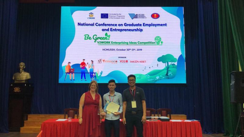 Trường Đại học Công Nghiệp Vinh giành giải Khán giả bình chọn tại cuộc thi Chung kết ý tưởng khởi nghiệp xanh thuộc dự án V2WORK