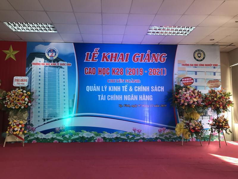 Lễ khai giảng lớp Cao học K28 – Trường ĐH Kinh tế quốc dân HN tại trường ĐH Công Nghiệp Vinh