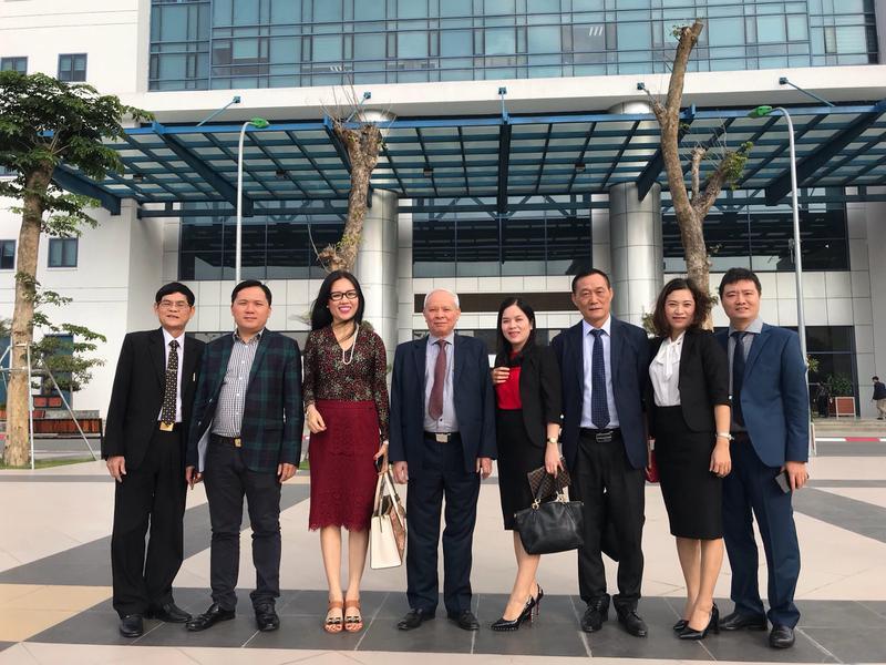 Trường Đại học Công nghiệp Vinh tham quan và làm việc tại trường Đại học Kinh tế Quốc dân